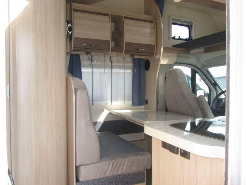 Etagenbett Wohnwagen Einbauen : Detailansicht