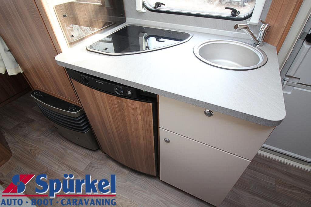 Wohnwagen Mit Doppel Etagenbett : Weinsberg caraone 500 fdk