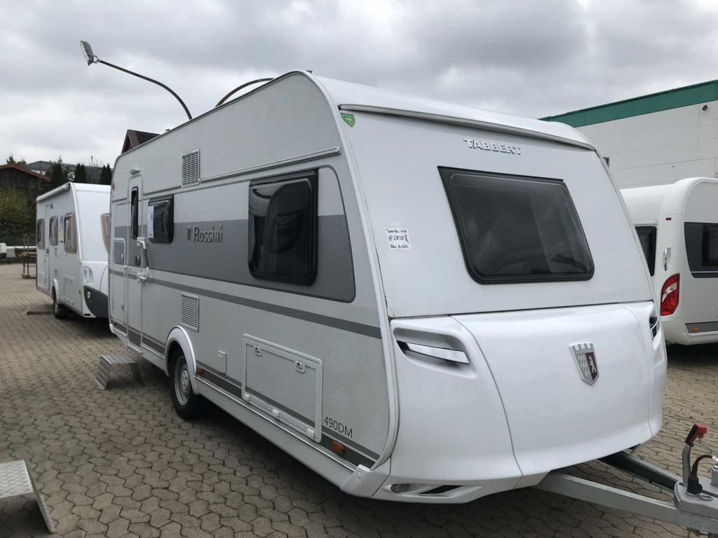 Wohnwagen Mit Doppel Etagenbett : Tabbert wohnwagen rossini 490 dm 2 3 finest edition 1.700 kg id