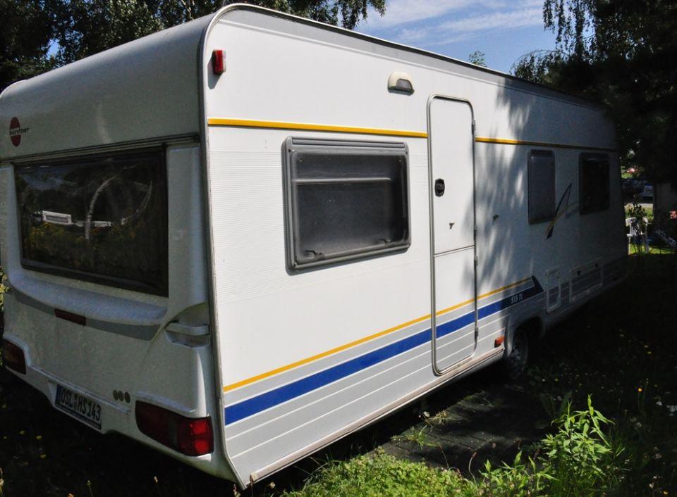 b rstner amara luxus 535 tl als pickup camper bei. Black Bedroom Furniture Sets. Home Design Ideas