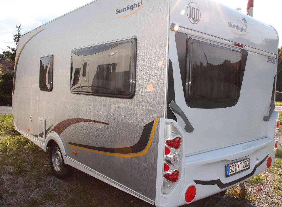 sunlight c 44 d als pickup camper bei. Black Bedroom Furniture Sets. Home Design Ideas