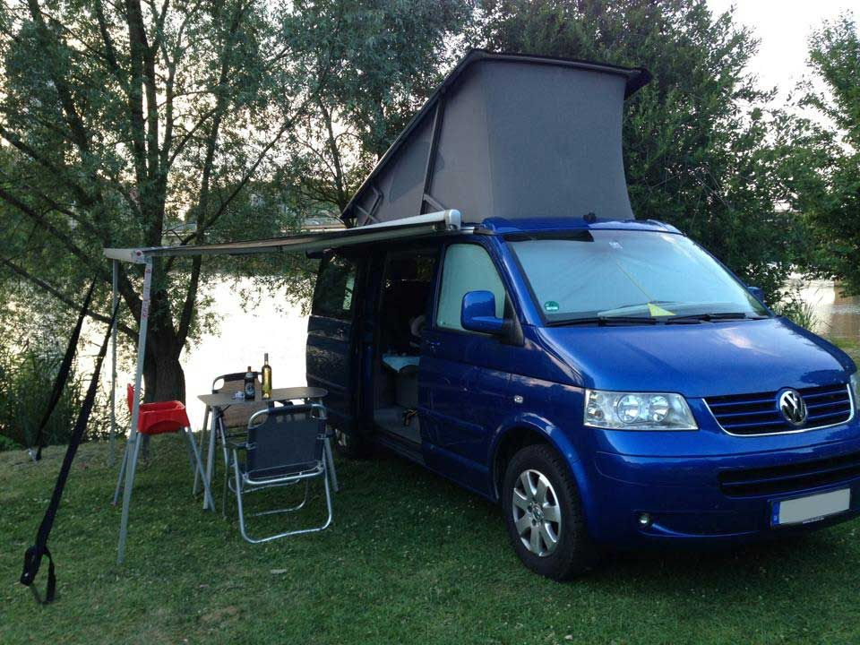 vw california t5 california als integrierter bei. Black Bedroom Furniture Sets. Home Design Ideas