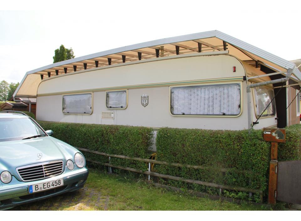 weippert luxus 745 be als pickup camper bei. Black Bedroom Furniture Sets. Home Design Ideas