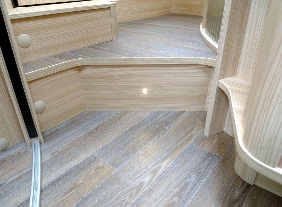 b rstner nexxo t 745 als teilintegrierter in bad langensalza bei. Black Bedroom Furniture Sets. Home Design Ideas