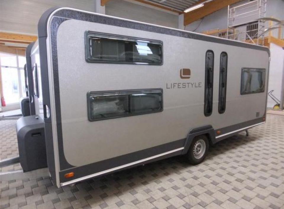 knaus lifestyle 560 lk als pickup camper bei. Black Bedroom Furniture Sets. Home Design Ideas