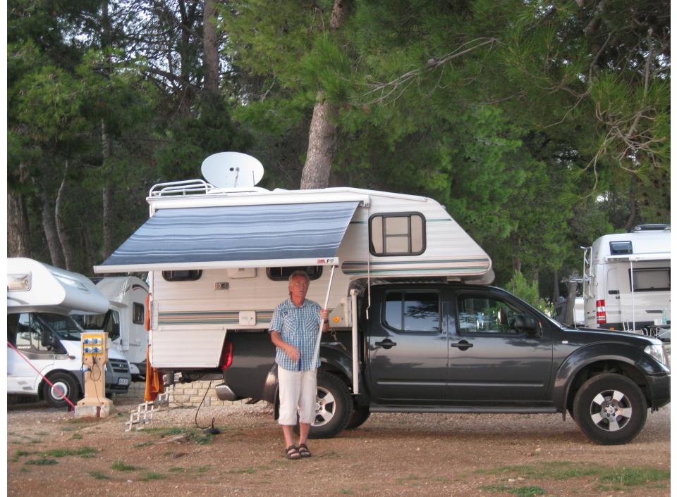 sonstige sonstige sonstige als pickup camper bei. Black Bedroom Furniture Sets. Home Design Ideas