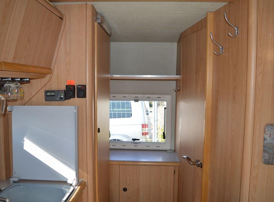 home rikis wohnmobile und wohnwagen autos post. Black Bedroom Furniture Sets. Home Design Ideas