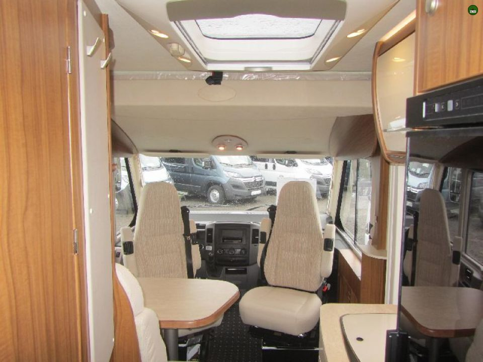 hymer ml i 580 als integrierter in fuldatal b kassel bei. Black Bedroom Furniture Sets. Home Design Ideas
