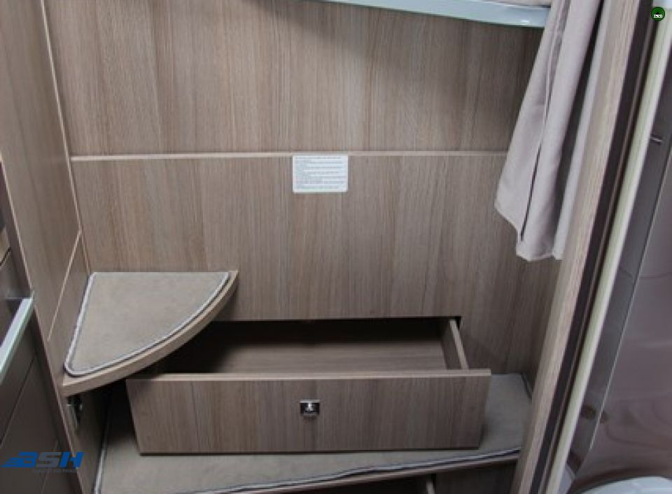 chausson flash 514 als teilintegrierter in baesweiler bei. Black Bedroom Furniture Sets. Home Design Ideas
