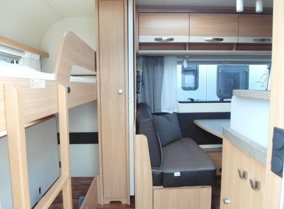 Dusche Wandverkleidung Gfk : Knaus S?dwind 500 FDK Silver Selection als Pickup-Camper in