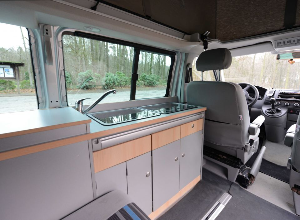 vw california beach auf t5 als pickup camper bei. Black Bedroom Furniture Sets. Home Design Ideas