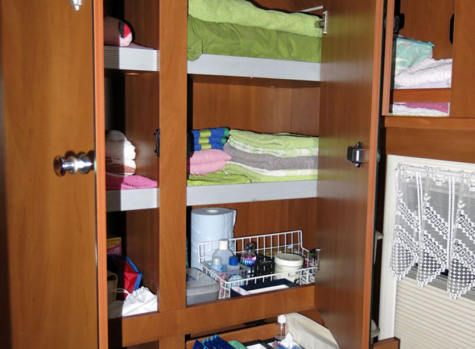 laika rexosline 600 als integrierter bei. Black Bedroom Furniture Sets. Home Design Ideas