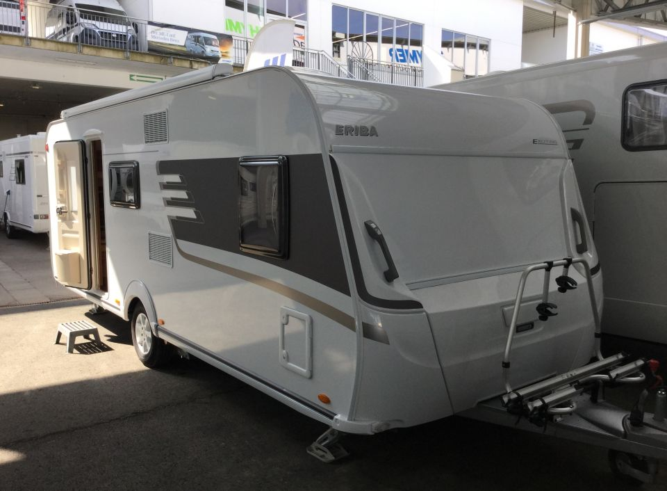 Hymer Eriba Exciting 560 Family Als Pickup Camper In