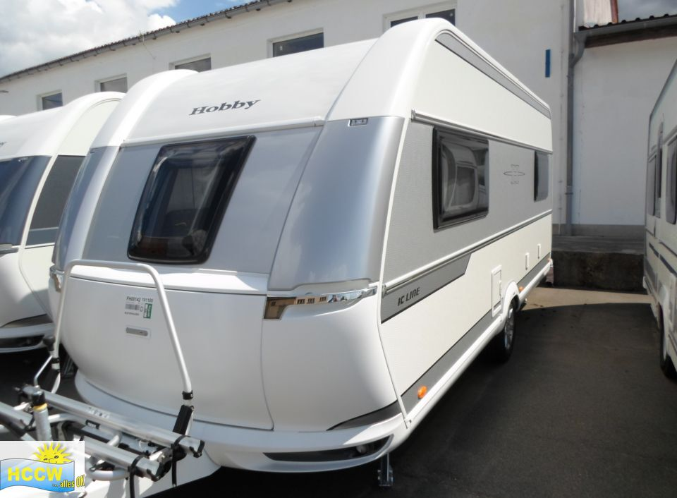 hobby de luxe edition 495 ul als pickup camper in. Black Bedroom Furniture Sets. Home Design Ideas