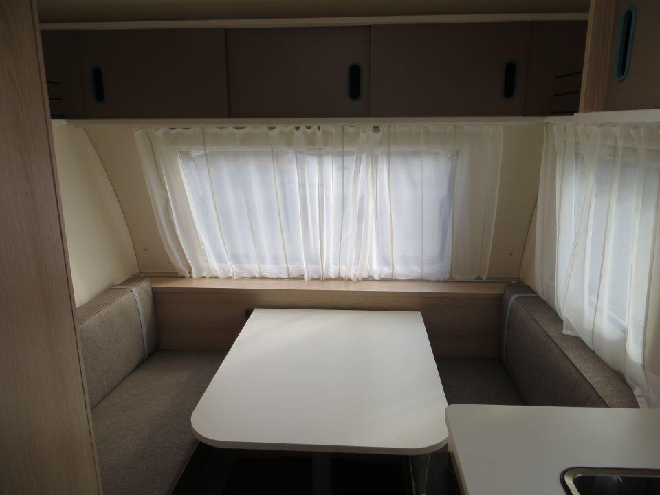adria aviva 360 dd als pickup camper in offenburg bei. Black Bedroom Furniture Sets. Home Design Ideas
