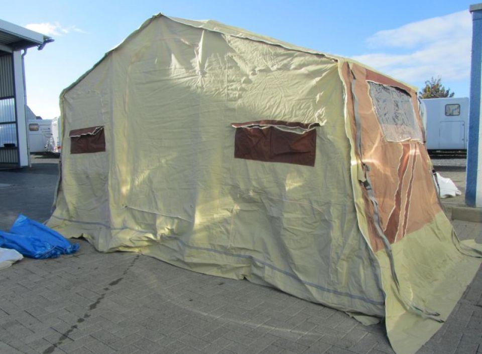 trigano sonstige cheroky als pickup camper in fuldatal b. Black Bedroom Furniture Sets. Home Design Ideas