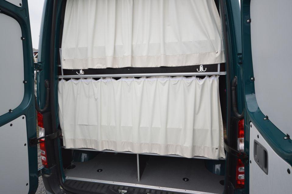 mercedes benz sprinter 213 cdi als kastenwagen in bissendorf bei. Black Bedroom Furniture Sets. Home Design Ideas