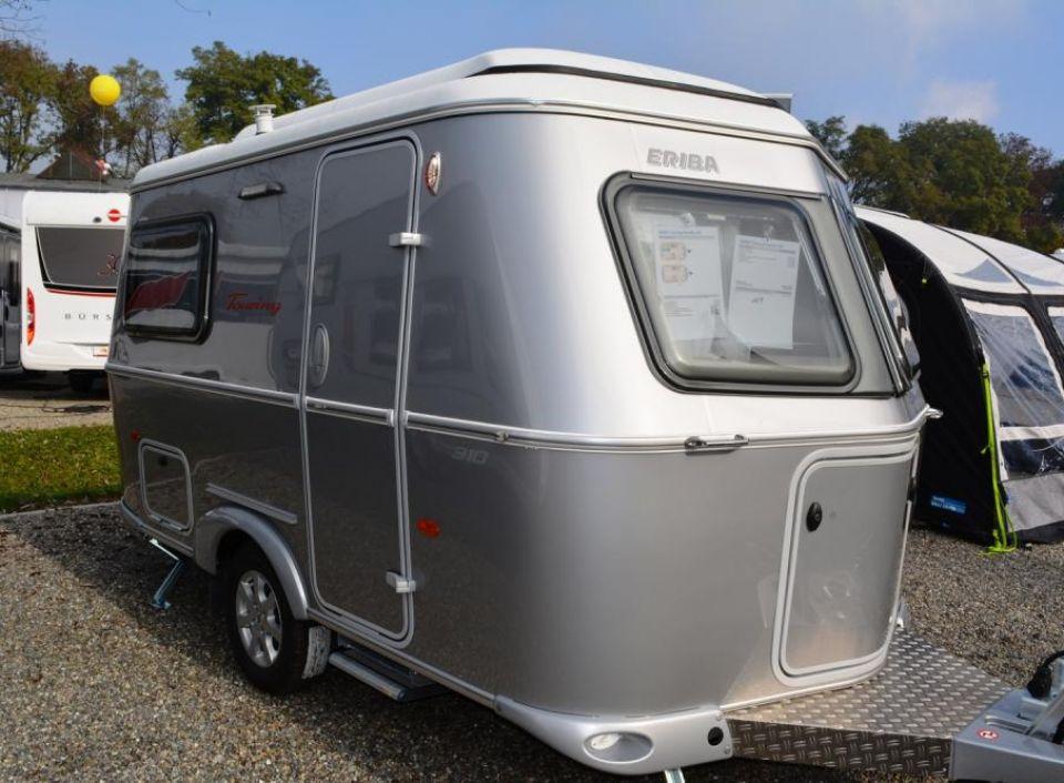hymer eriba touring familia 310 als pickup camper in. Black Bedroom Furniture Sets. Home Design Ideas