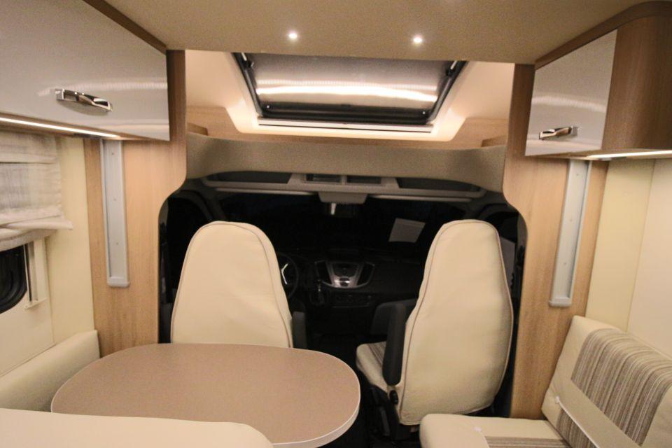 roller team auto roller 266 tl als teilintegrierter in untersteinbach bei. Black Bedroom Furniture Sets. Home Design Ideas
