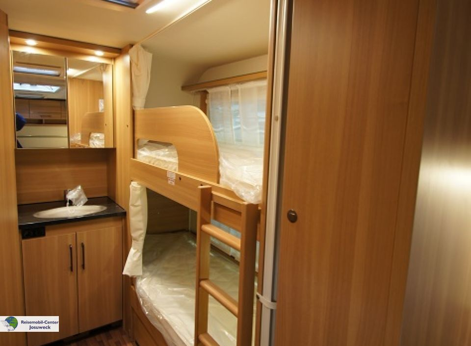 Wohnwagen Sunlight Etagenbett : Wohnwagen etagenbetten festbett: lmc 560 mdk etagenbett