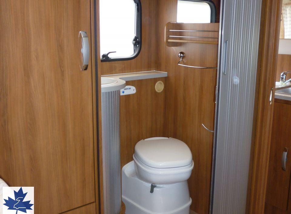ahorn kentucky camp country sm als teilintegrierter in speyer bei. Black Bedroom Furniture Sets. Home Design Ideas