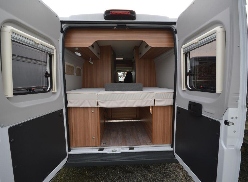 weinsberg carabus 601 mq als kastenwagen in bissendorf bei. Black Bedroom Furniture Sets. Home Design Ideas