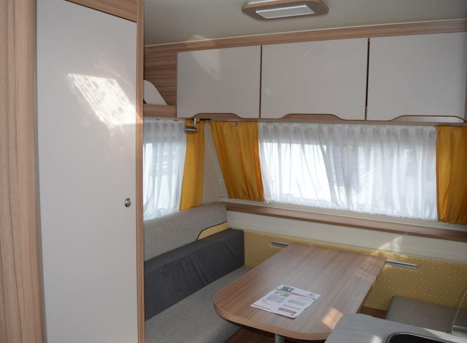 weinsberg caratwo 400 lk als pickup camper in otterstadt bei. Black Bedroom Furniture Sets. Home Design Ideas