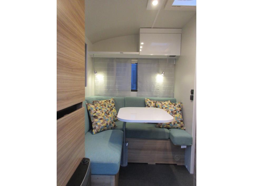 adria action 391 pd als pickup camper in offenburg bei. Black Bedroom Furniture Sets. Home Design Ideas
