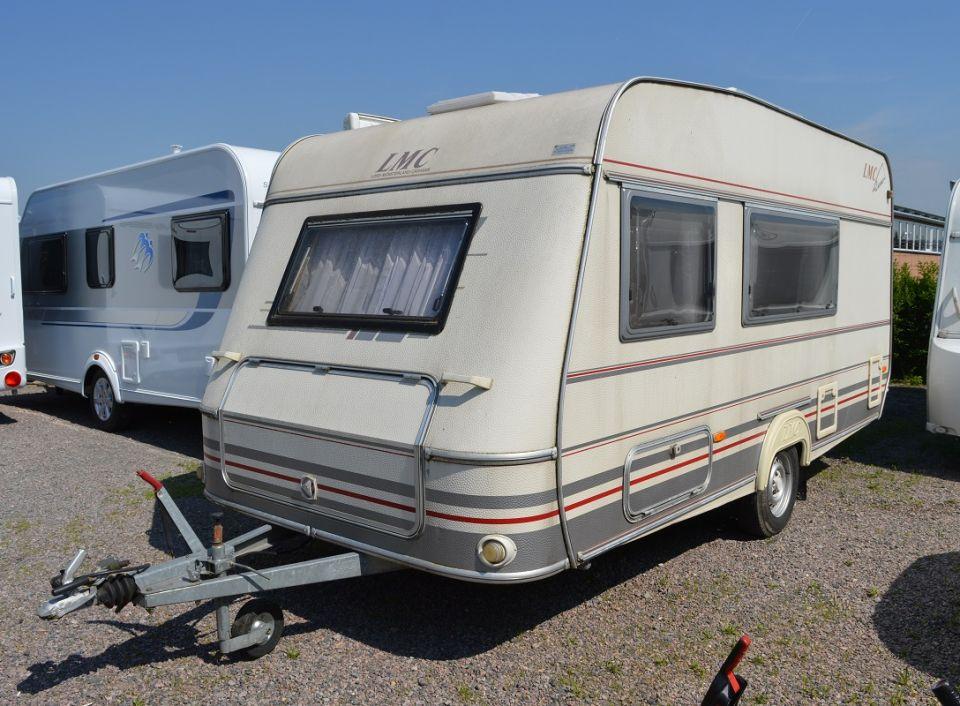 luxus wohnmobile luxus wohnmobile camping mit allem. Black Bedroom Furniture Sets. Home Design Ideas