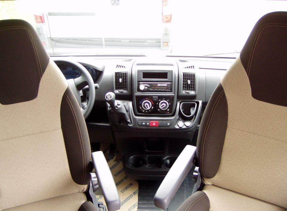 weinsberg carabus 601 mq als kastenwagen in maintal bei. Black Bedroom Furniture Sets. Home Design Ideas