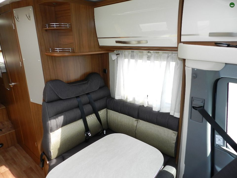 hymer ml t 580 als teilintegrierter in stuhr bremen bei. Black Bedroom Furniture Sets. Home Design Ideas