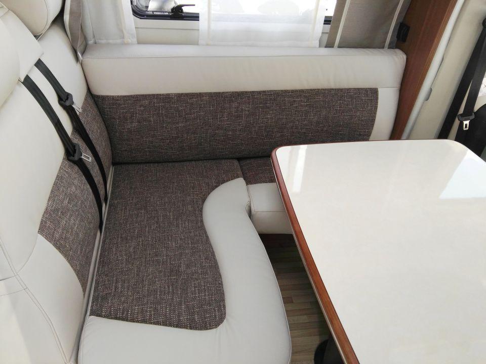 lmc cruiser passion t 743 als teilintegrierter in m lheim. Black Bedroom Furniture Sets. Home Design Ideas