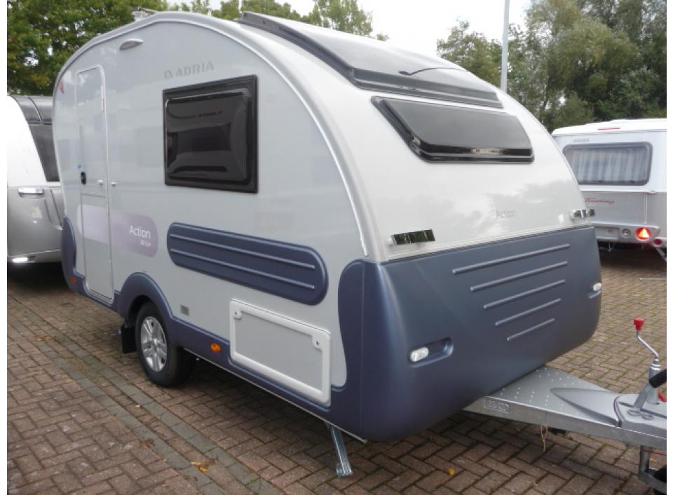adria action 361 lh als pickup camper in heinsberg bei. Black Bedroom Furniture Sets. Home Design Ideas