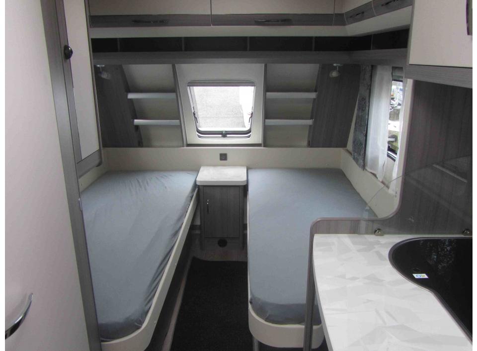 hobby ontour 470 ul als pickup camper in fuldatal b kassel bei. Black Bedroom Furniture Sets. Home Design Ideas