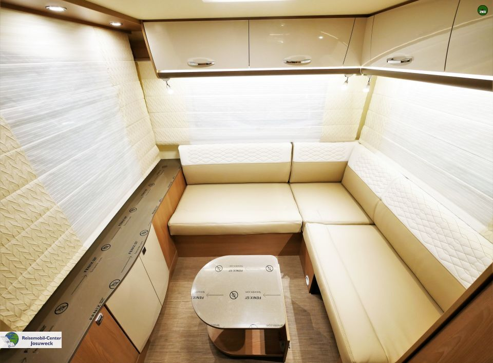 b rstner lyseo td t 744 als teilintegrierter in witten bei. Black Bedroom Furniture Sets. Home Design Ideas