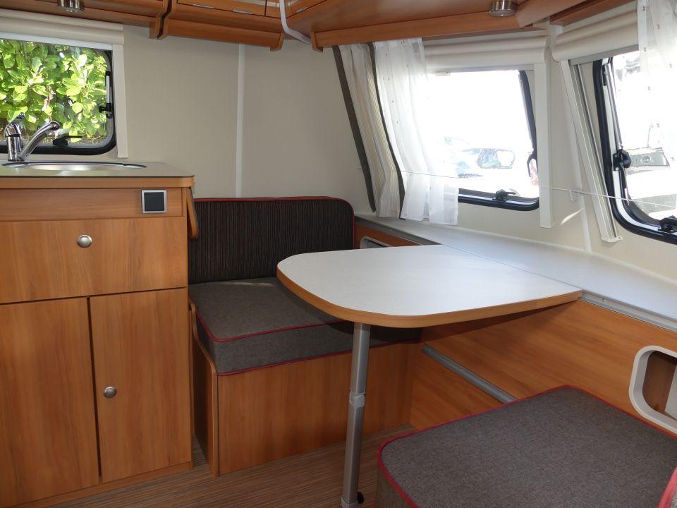 hymer eriba touring triton 410 als pickup camper in. Black Bedroom Furniture Sets. Home Design Ideas