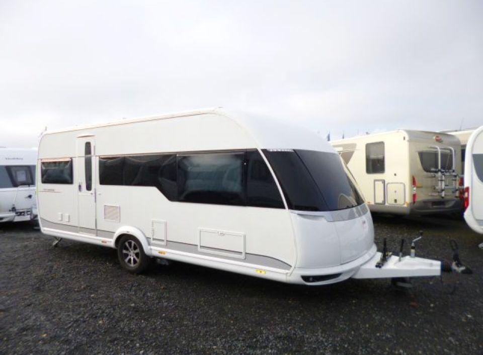 hobby premium 560 ul als pickup camper in fuldatal b. Black Bedroom Furniture Sets. Home Design Ideas