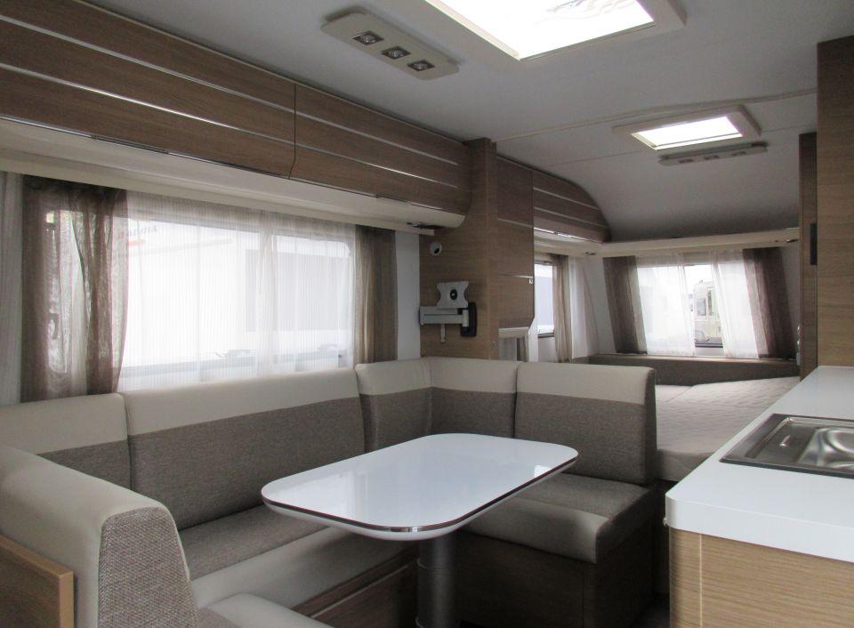 adria adora 613 pk als pickup camper in offenburg bei. Black Bedroom Furniture Sets. Home Design Ideas