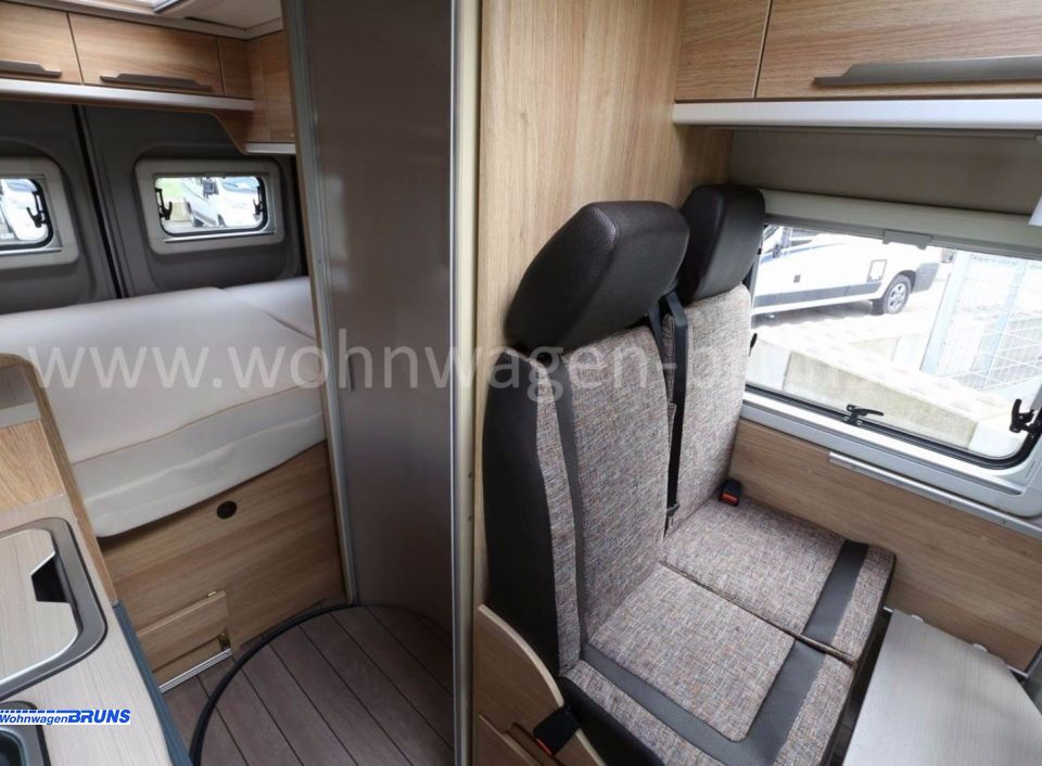 knaus boxstar 540 mq road als kastenwagen in cloppenburg bei. Black Bedroom Furniture Sets. Home Design Ideas