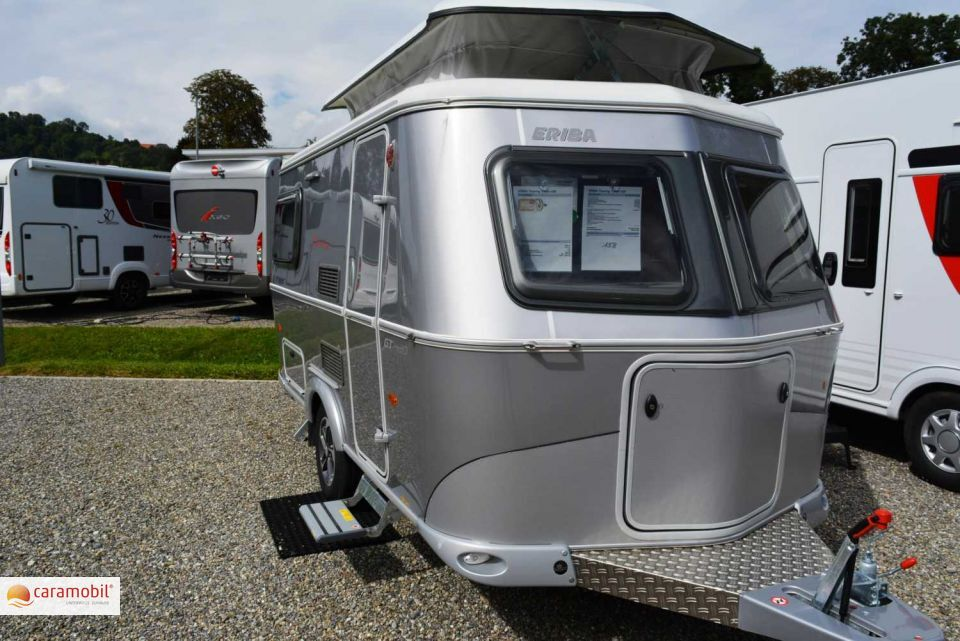 hymer eriba touring triton 420 als pickup camper in. Black Bedroom Furniture Sets. Home Design Ideas