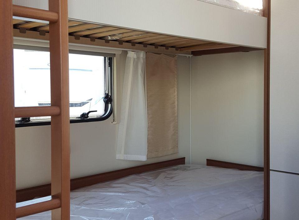 Doppel Etagenbett : Doppel etagenbett. simple interessant wunderbare dekoration die