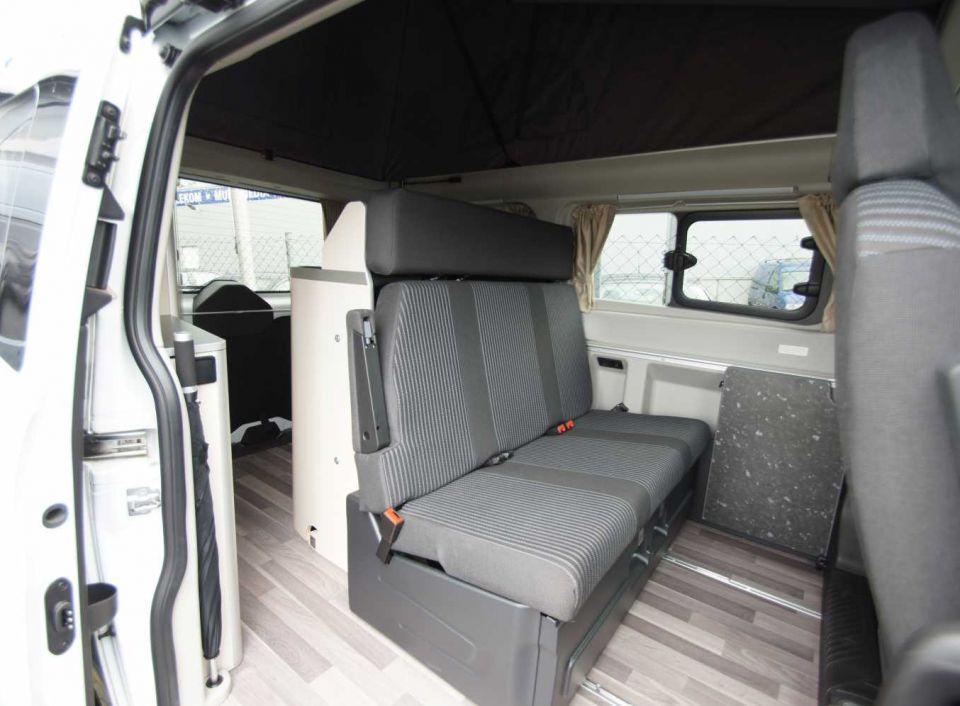 Ford Nugget Gebraucht : ford nugget custom als kastenwagen in friedberg bei ~ Aude.kayakingforconservation.com Haus und Dekorationen