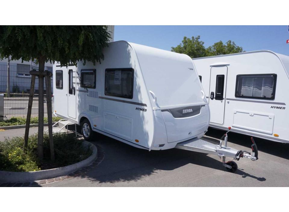 hymer eriba living 425 als pickup camper in sindelfingen. Black Bedroom Furniture Sets. Home Design Ideas