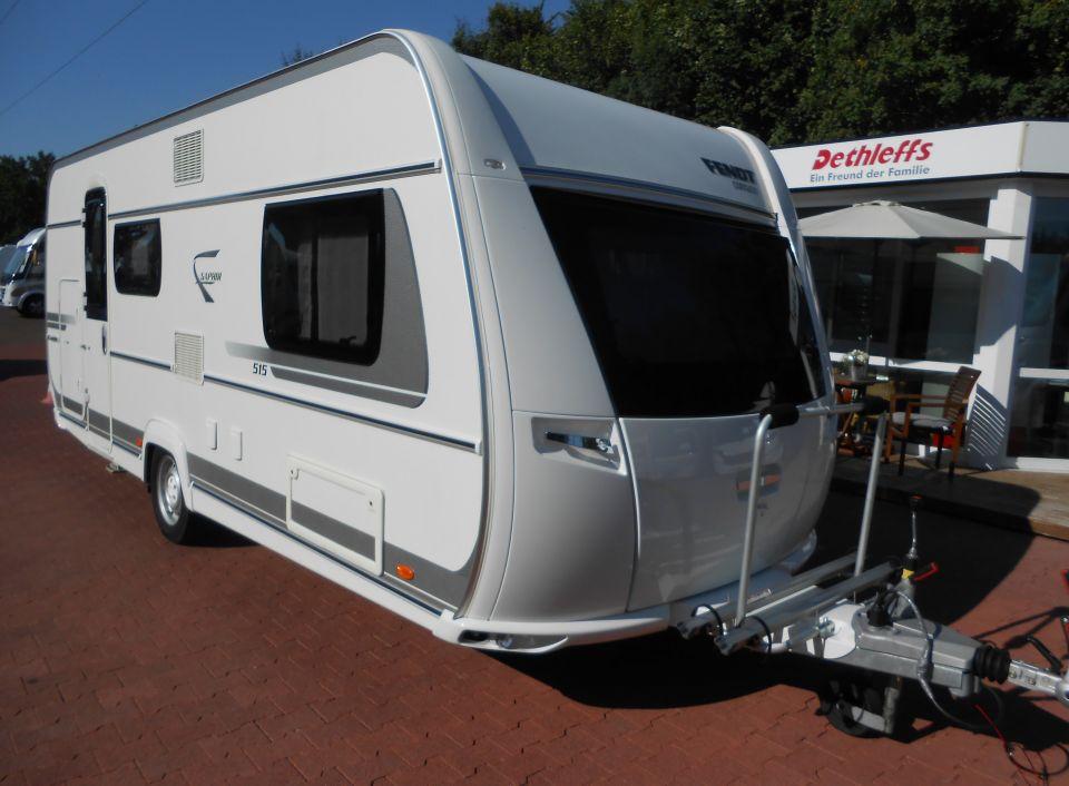 Wohnwagen Mit Etagenbett Und Mittelsitzgruppe : Sterckeman starlett kid´s wohnwagen mit etagenbetten und