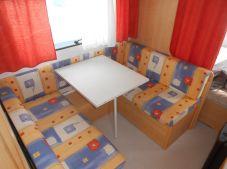 Wohnwagen Etagenbett Sterckeman : Knaus südwind mit etagenbett altersbedingte gebrauchsspuren