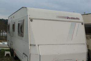 Wohnwagen Mit Etagenbett Festbett Und Mittelsitzgruppe : Suchergebnisse wohnwagen und caravan angebote bei caraworld