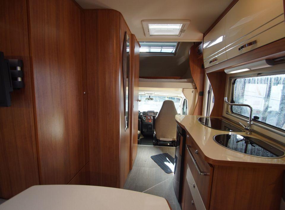eura mobil terrestra a 570 hs als alkoven in witten bei. Black Bedroom Furniture Sets. Home Design Ideas