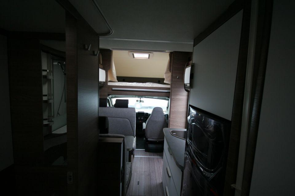 Knaus L!VE Traveller 650 DG 3,85T, 6 Gurte - Bild 14