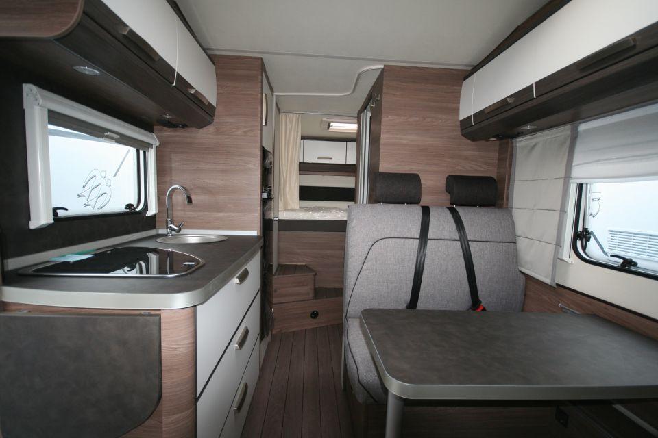 Knaus L!VE Traveller 650 DG 3,85T, 6 Gurte - Bild 16