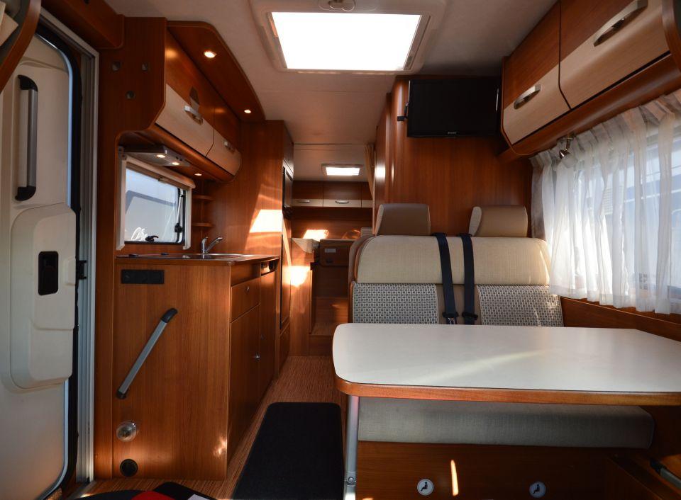 carado t 337 als teilintegrierter in bissendorf bei. Black Bedroom Furniture Sets. Home Design Ideas